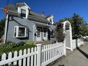 31 Baxter St - Unit Right, Quincy MA, 02169