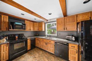 98 Elmlawn Rd, Braintree MA, 02184